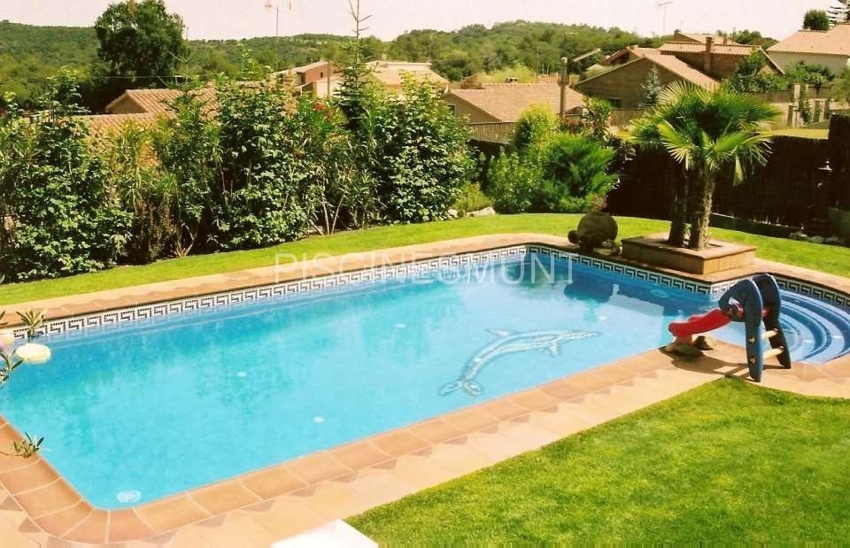 Piscinas de dise o piscinas munt venta de material para piscinas y fabricaci n - Piscinas con diseno ...